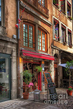 French Cafe by Timothy Johnson