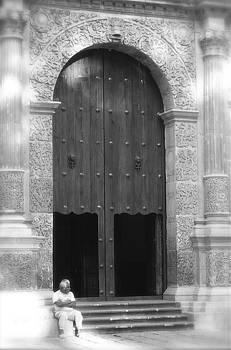 Michael Peychich - Puertas de la Iglesia