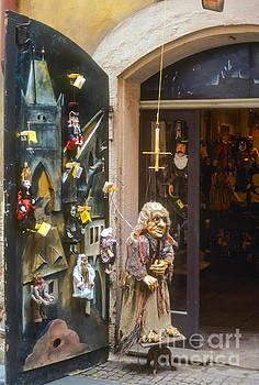 Bob Phillips - Puppet Shop