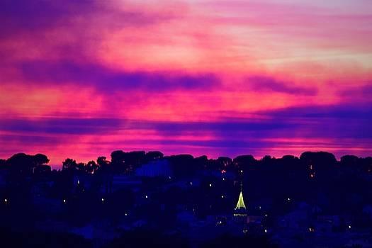 Purple night by Valerie Dauce