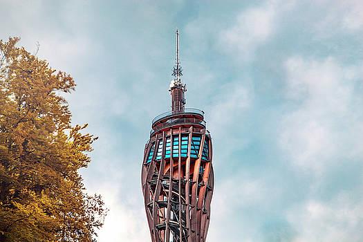Pyramidenkogel Worthersee tower by Chris Thodd