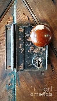 Quaker Door Knob by Lainie Wrightson