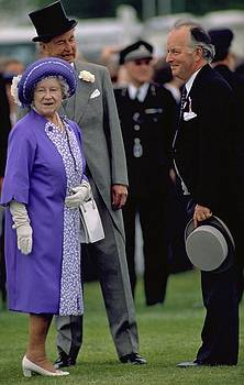 Queen Elizabeth The Queen Mother by Travel Pics