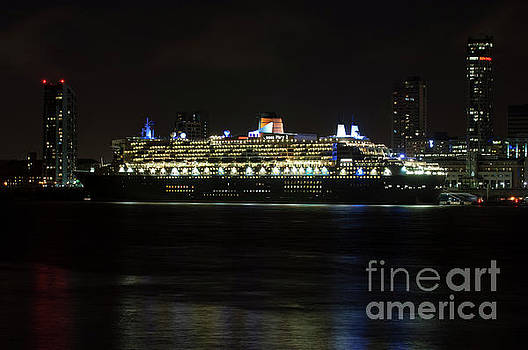 Queen Mary 2 at Night in Liverpool by Paul Warburton