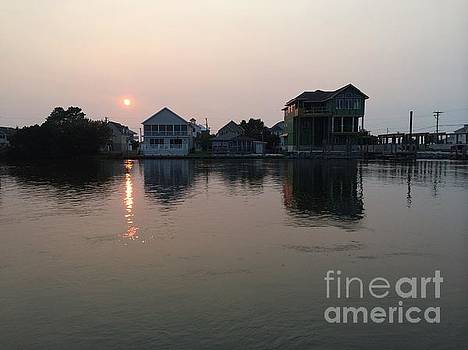 Quiet at Sunset  by Arianna Grott