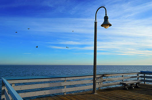 Glenn McCarthy Art and Photography - Quiet Day At San Clemente Pier