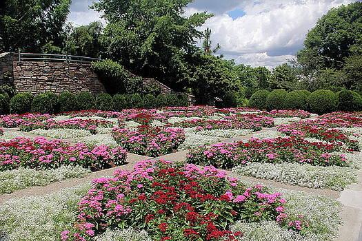 Allen Nice-Webb - Quilt Garden