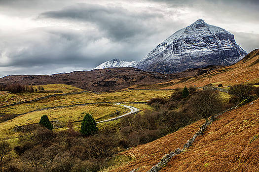 Quinag a Mountain of Assynt by Derek Beattie
