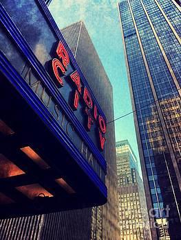Onedayoneimage Photography - Radio City