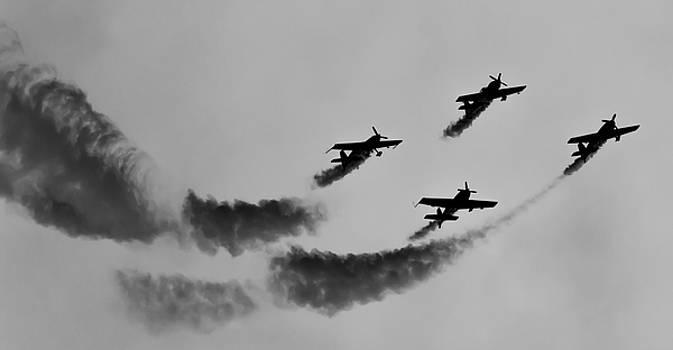 RAF Scampton 2017 - Global Stars Loop Black and White by Scott Lyons