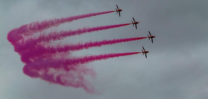 RAF Scampton 2017 - Red Arrows Enid Formation by Scott Lyons