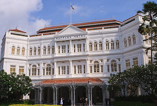Raffles Hotel - Singapore by Pete Reynolds