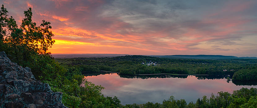 Ragged Mountain Sunrise by Craig Szymanski