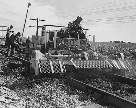 Chicago and North Western Historical Society - Rail Construction in Country