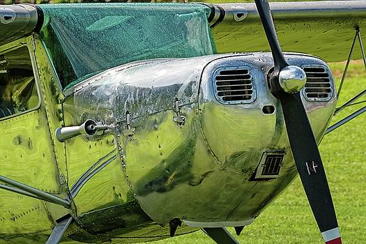 Raindrops on a Cessna - 2018 Christopher Buff, www.Aviationbuff. by Chris Buff