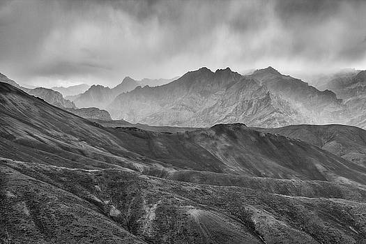 Rainy day by Hitendra SINKAR