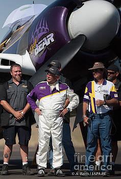 Rear Bear Team  Reno Air Races  2007 by Antoine Roels