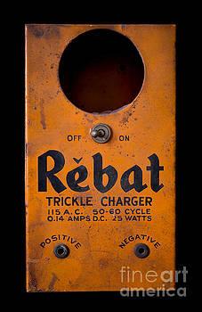 Edward Fielding - Rebat Vintage Automotive Battery Trickle Charger