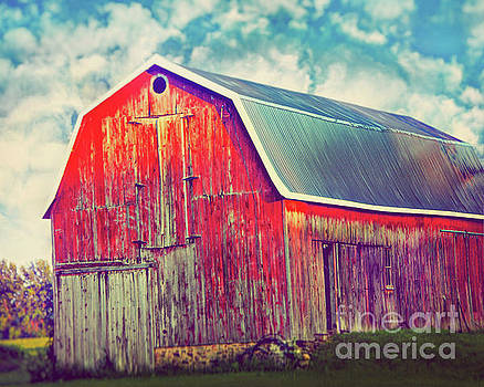 Red Barn by Janelle Tweed