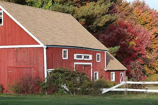 Red Barn by Jim Gillen