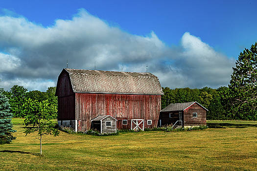 Red Barn near Moose Jaw Junction by Bill Gallagher