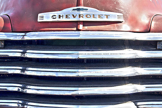 Bamalam  Photography - Red Chevrolet Grill