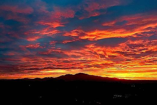 Red Diablo Sunset by Jennifer Cadence Spalding