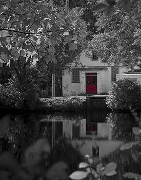 Red Door at Mill Pond by Mark Wiley