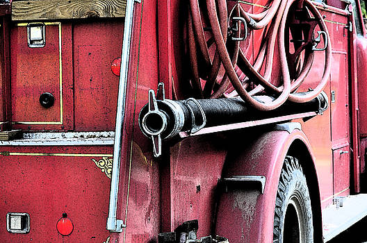 Red Fire Truck 1 by Peter  McIntosh