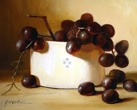 Red Grapes by Linda Jacobus