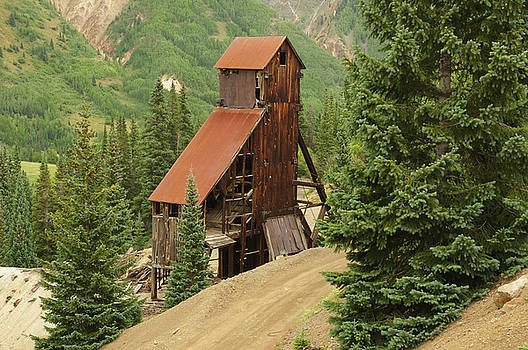 Red Mountain Mine. by Jerry Mann