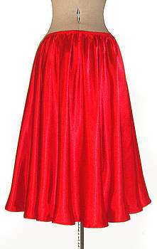 Sofia Metal Queen - Red satin mid-calf skirt. Ameynra simple line 2013