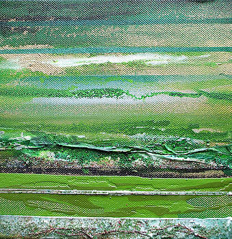 Redesdale Rhythms and textures series 3 Green and gold by Mike   Bell