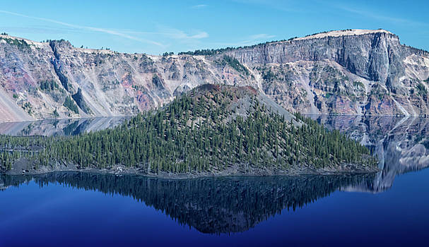Reflection Of Wizard Island Crater Lake by Frank Wilson