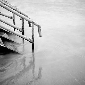Reflection by Piotr Belcyr