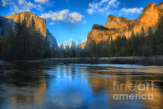 Adam Jewell - Reflections In The Merced River