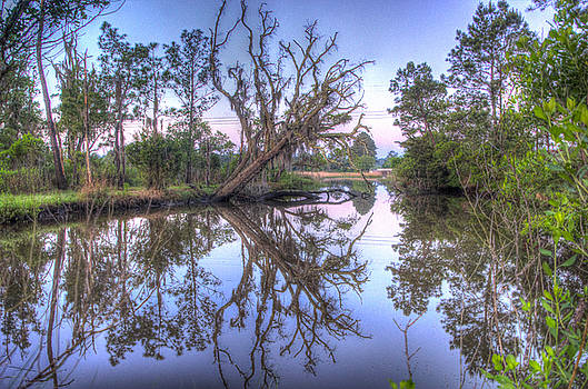 Reflections in the water by BG Flanders