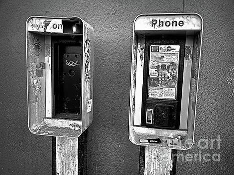 Remnants of Communication - BW by SimbiAni
