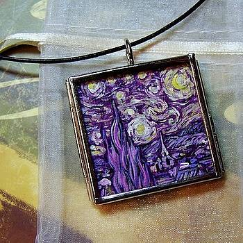Rendition of Starry Night in Amethyst by Dana Marie