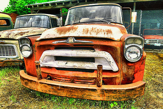 requiem for old American trucks by Jeff Swan