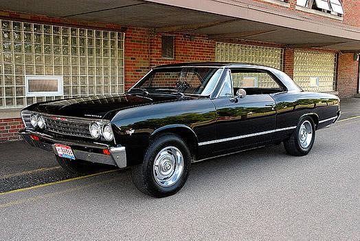 Restored Chevy by Dick Pratt