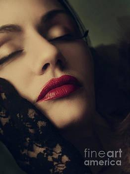 Retro female portrait by Jelena Jovanovic