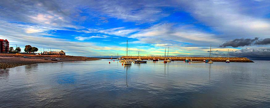 Rhos On Sea Harbour by Regie Marshall