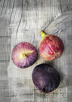 Sophie McAulay - Ripe figs on vintage wood