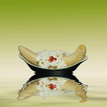 David French - Ripe Yellow Bananas and Cream