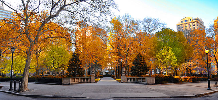 Rittenhouse Square Philadelphia Pa by Bill Cannon