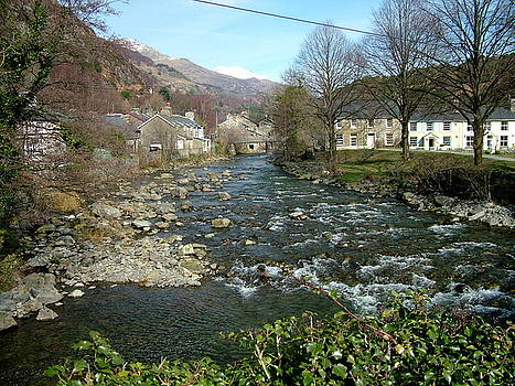 River at Beddgelert by Gary Rowlands