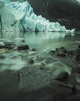 Ian Johnson - River to the Glacier