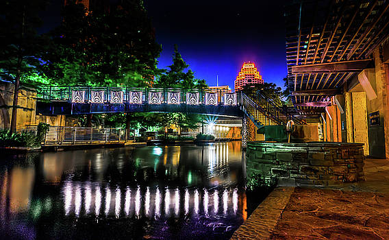 Riverwalk Bridge by Mark Dunton