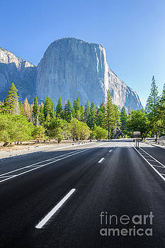 Road to El Capitan by JR Photography